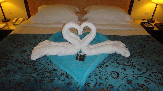 โรงแรมคาซ่า เดล มาร์:                   Honeymoon room decoration!
