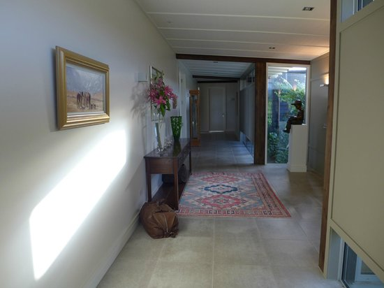 Prospect Lodge B&B:                   Hallway