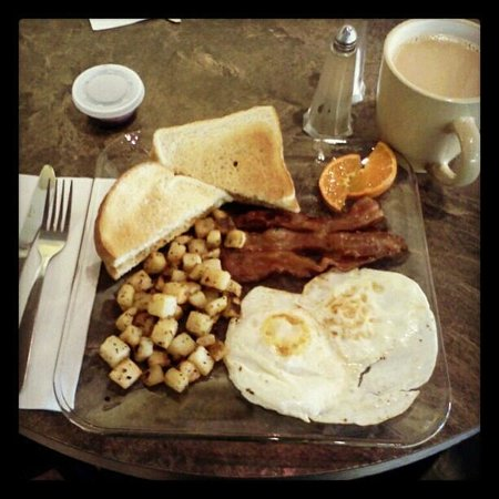 Janna's Gallery Cafe: All Day Saturday Breakfast Special!!!