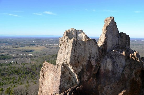 Crowders Mountain State Park: Rocks at King's Pinnacle
