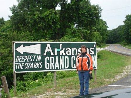 The Hub Motel :                   Arkansas Grand Cayon