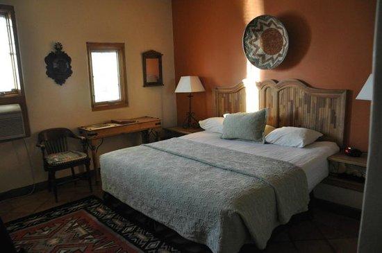 La Posada Hotel:                   Our room