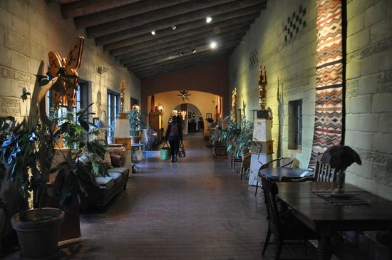 La Posada Hotel:                   corridor from room to lobby area