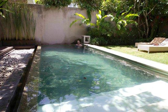 Uma Sapna:                   Pool Villa