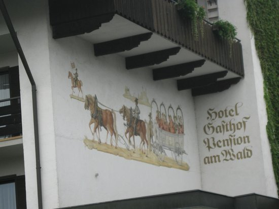 Hotel Am Wald: Painting on the Building