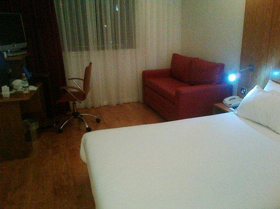 Ibis Styles Crewe: Standard style room
