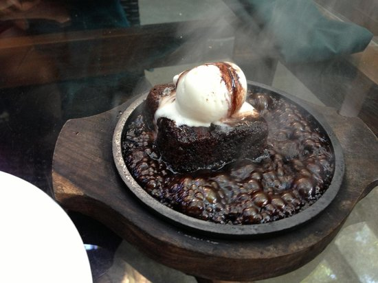Under the Mango Tree: One hot brownie!