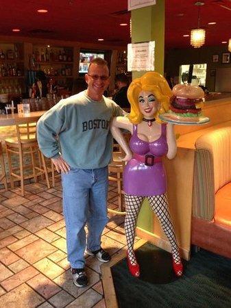 Hamburger Mary's: hangin' with Mary