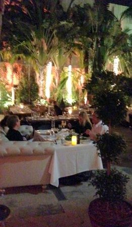 Villa Azur Restaurant & Lounge: the patio dining room