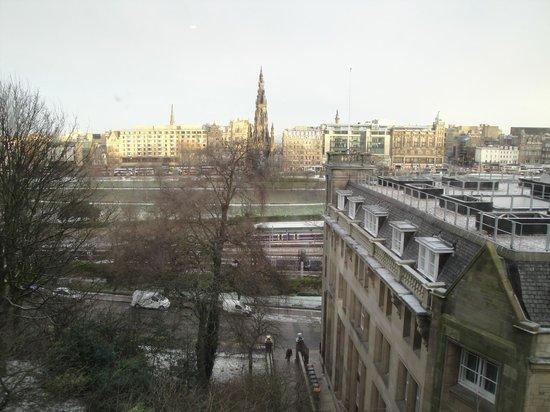 Fraser Suites Edinburgh:                   Vista desde la habitacion 306