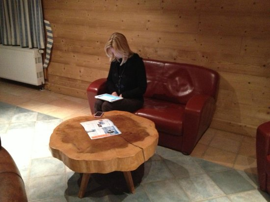 Residence Les Balcons de Val Thorens: Internet room - closes at 11pm - pretty chilly inside - chalet 6