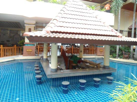 โรงแรมบาวแมนบุรี:                   Pool Bar