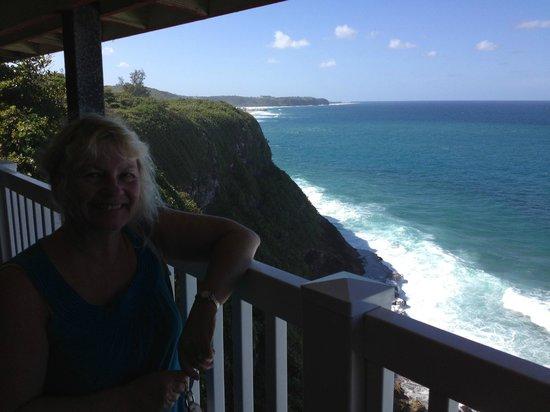 La Llave del Mar:                                     La Llava del Mar tableside view