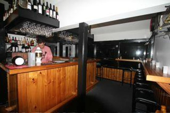 Black Bear Inn: Bar