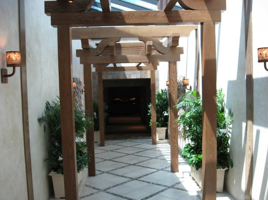 Grand Spa & Fitness Center:                   Entryway
