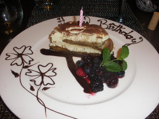 Westin Mission Hills Golf Resort & Spa: Birthday dessert