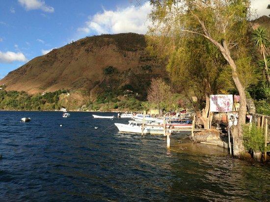 La Casa Rosa Hotel:                                     Casa Rosa & docks