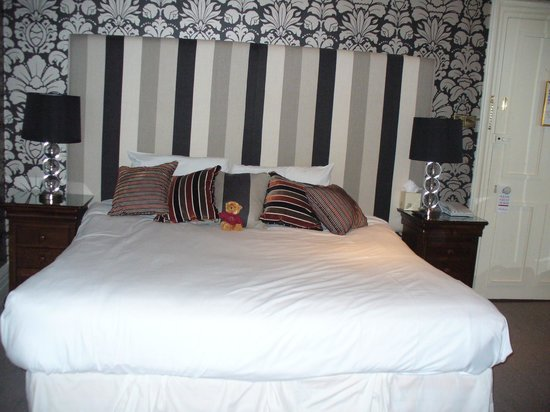 The Old Bell Hotel: Joe Moore, our bedroom