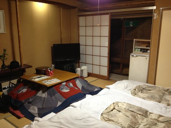 Senshinkan Matsuya:                   6 tatami room (№302)