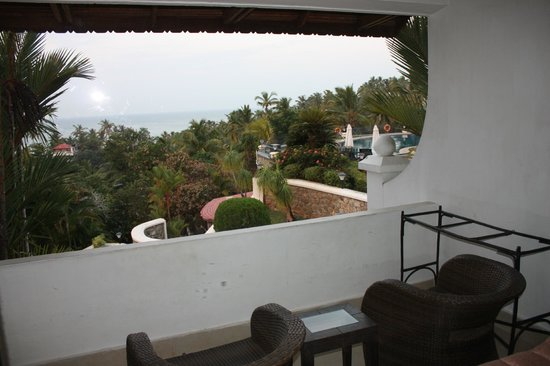 The Gateway Hotel Janardhanapuram Varkala:                   View over the gardens