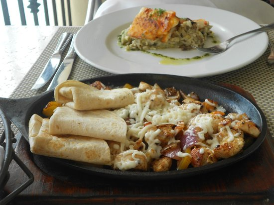 Secrets Capri Riviera Cancun :                   Chicken Fajitas were yummy