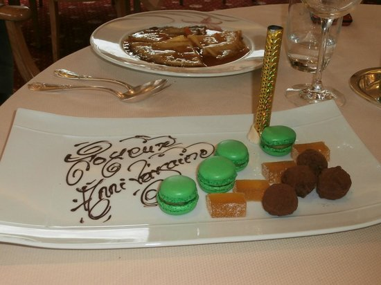 Restaurant B. Collon -  Auberge de Letraz: Happy Birthday wishes - sparks were shooting out of the tube