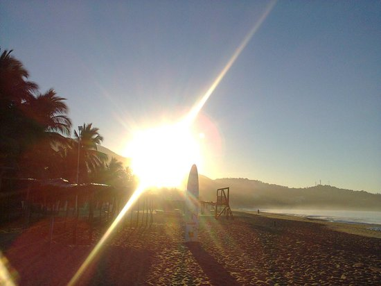 alba su acapulco, vista dall'hotel villa nirvana
