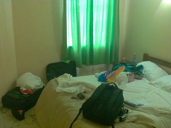 Hotel Montealegre de Valparaiso:                   Dormitorio