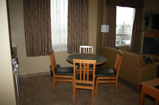 Days Inn & Suites West Edmonton: Jacuzzi suite