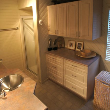 West Wind: One of two bathrooms