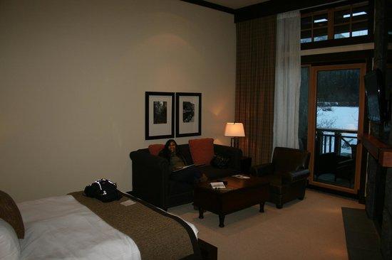 Nita Lake Lodge:                   Lake view room