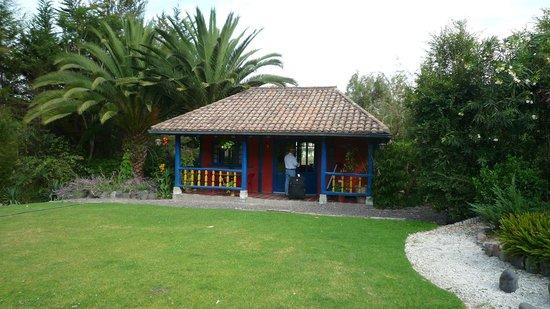 B&B Tumbaco:                   Cabin, Veranda
