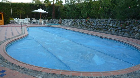 B&B Tumbaco:                   Pool, Spa Area
