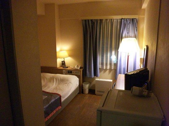 Kawasaki River Hotel Minamikan:                   入口側から