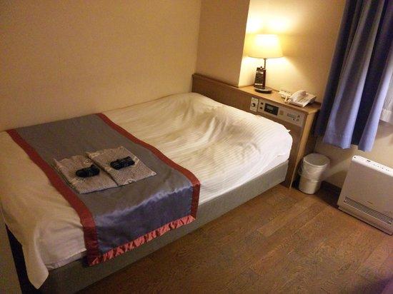 Kawasaki River Hotel Minamikan:                   ベッドはダブル?