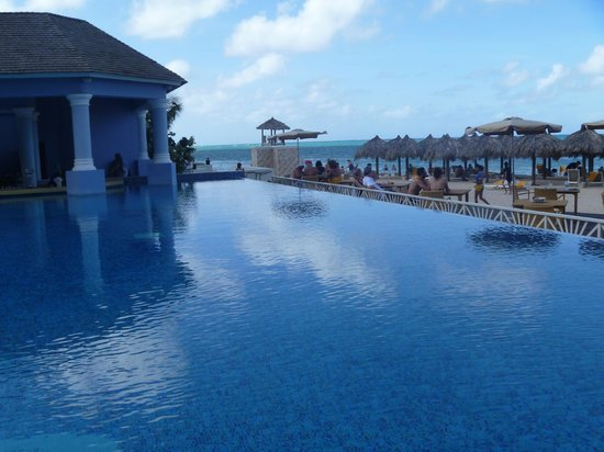 Iberostar Grand Hotel Rose Hall:                   Pool