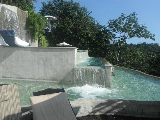Gaia Hotel & Reserve: Pools