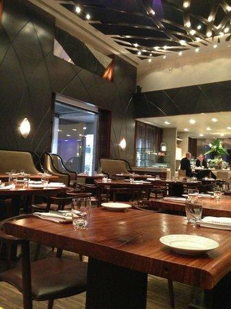 Wall & Water: Empty restaurant
