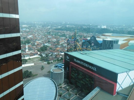 Hotel ibis Bandung Trans Studio:                   from 18th floor