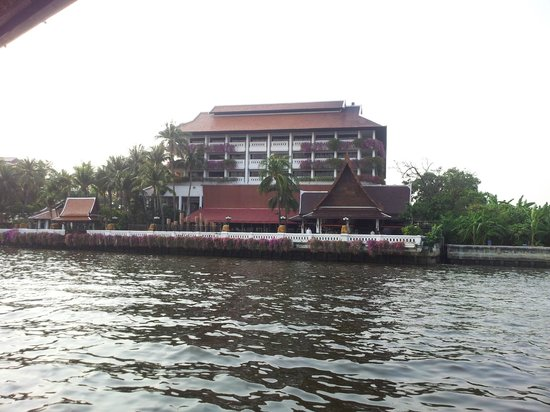 Anantara Riverside Bangkok Resort:                   The hotel from the free shuttle boat