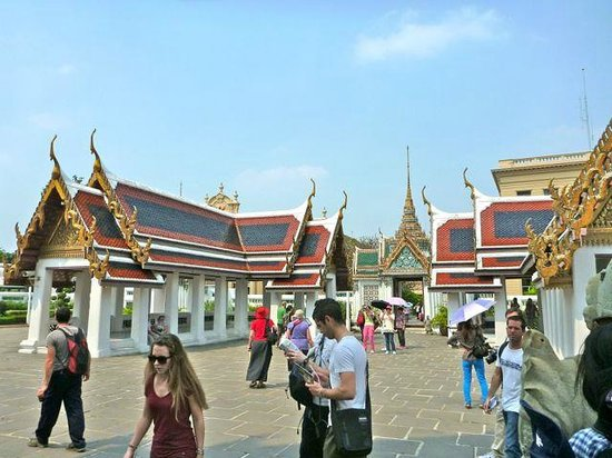 The Grand Palace: temples