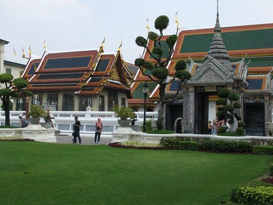 Grand Palace: Beatiful temple