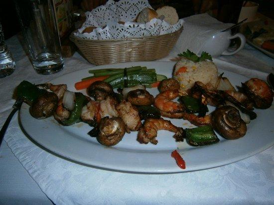 El Rincon del Viejo:                   Shrimp platter