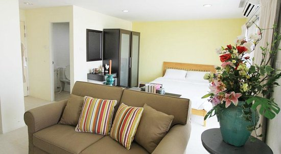 Caza v1 serviced apartment updated 2017 reviews price for Bedroom 77 hotel rayong