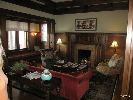Inn on the Hill:                   Front West Sitting Room (Great fireplace!)