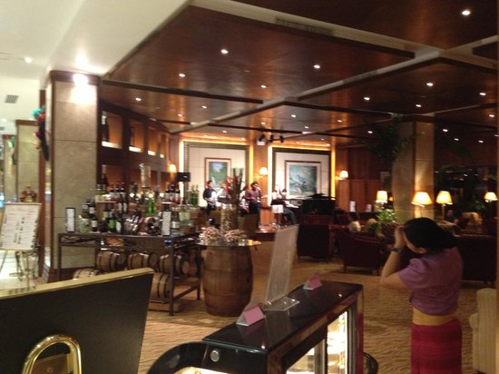 Marco Polo Plaza Cebu:                   Lounge