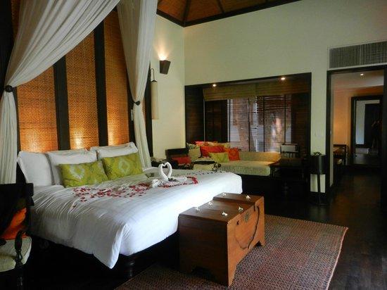 Anantara Mai Khao Phuket Villas:                   Villa interiors