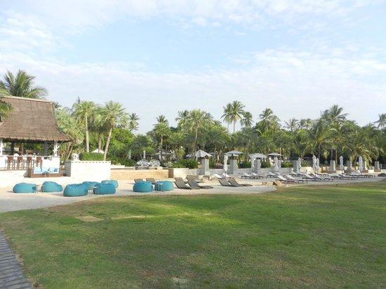 Anantara Mai Khao Phuket Villas:                   Public pool