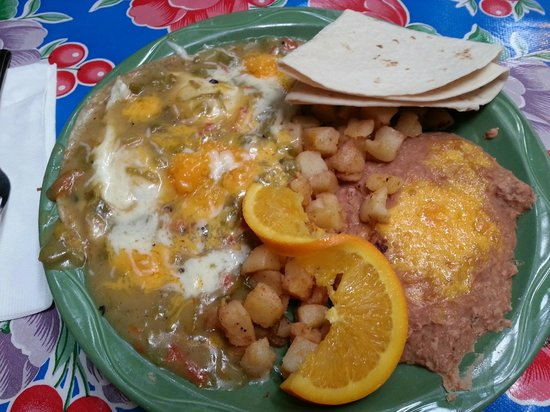 La Posta de Mesilla: Huevos Ranchoros with green chile
