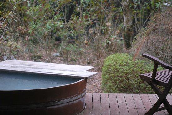 Owl :                   部屋の露天風呂